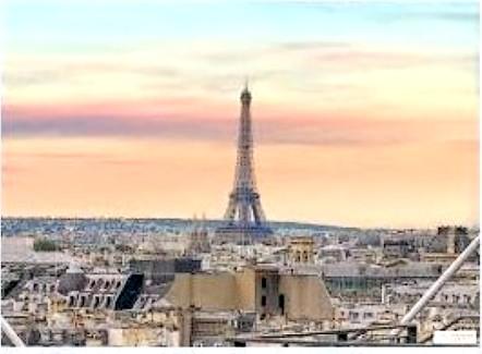 UN PREMIER TOUR D'HORIZON: Tout d'abord, les monuments à ne pas rater: Ce sont les emblèmes de Paris. Si c'est votre première visite, il faut absolument les voir . Les sites indiqués vous permettront d'avoir une première idée de ce qu'ils représentent, voire d'approfondir vos connaissances sur ces monuments: parisrama.com et paris-ile-de-france.com –La Tour Eiffel, […]